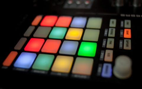 best-midi-drum-pads-for-beat-making